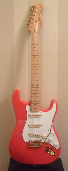 '57 re-issue FENDER Stratocaster