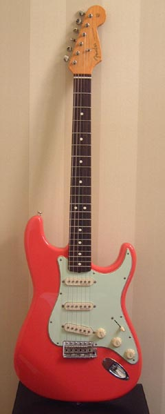 '62 re-issue FENDER Stratocaster